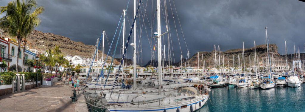 Segelboote im Hafen, Kanaren, Mogan