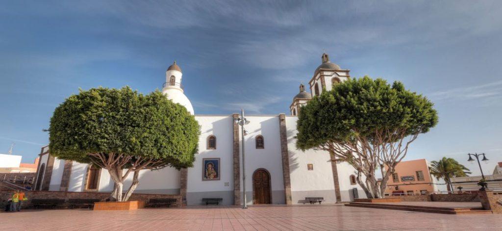 Kirche und Kirchplatz von Ingenio, Gran Canaria