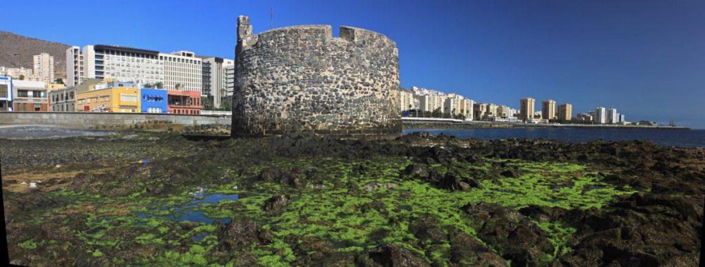 Der alte Wehrturm von San Cristobal im Süden von Las Palmas